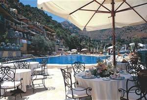 Atlantis Bay Grand Hotel
